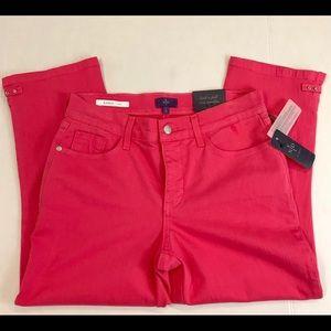 NWT.  NYDJ  Karen  high rise pink Capri jeans 2